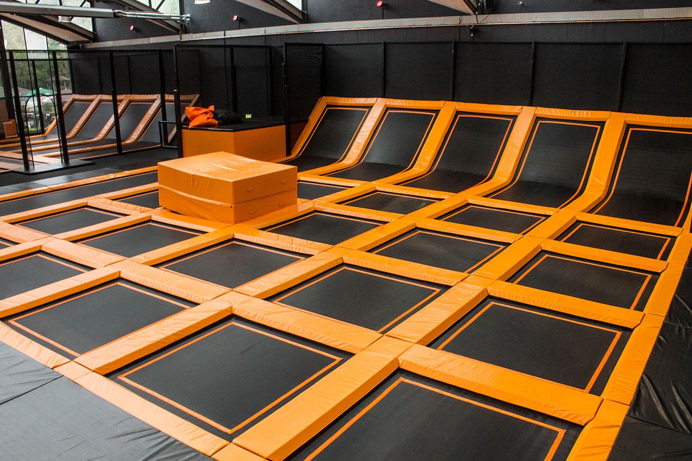attraktionen bereiche sprungwerk trampolinhalle hagen. Black Bedroom Furniture Sets. Home Design Ideas